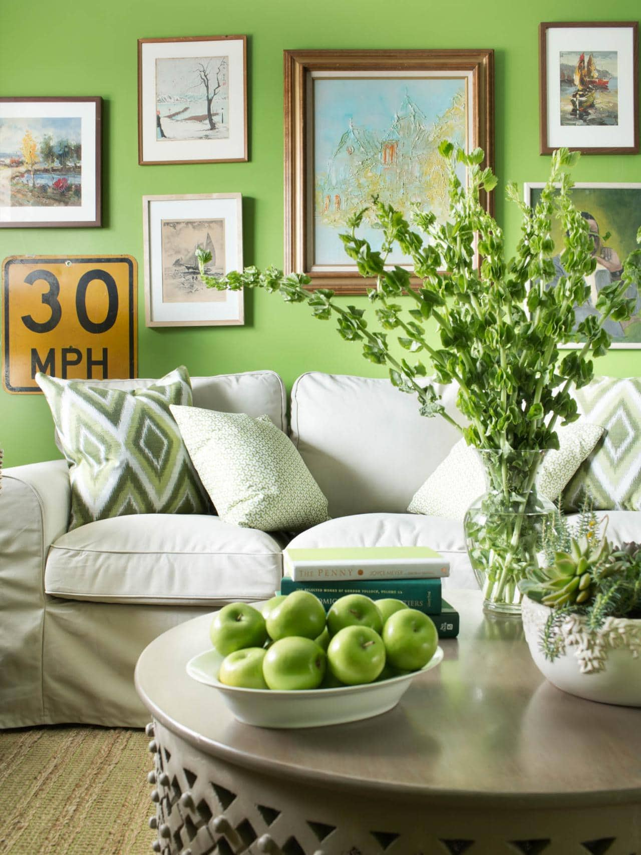 original-bpf_paint-colors-by-room_overt-green-sherwin-williams-couch_jpg_rend_hgtvcom_1280_1707