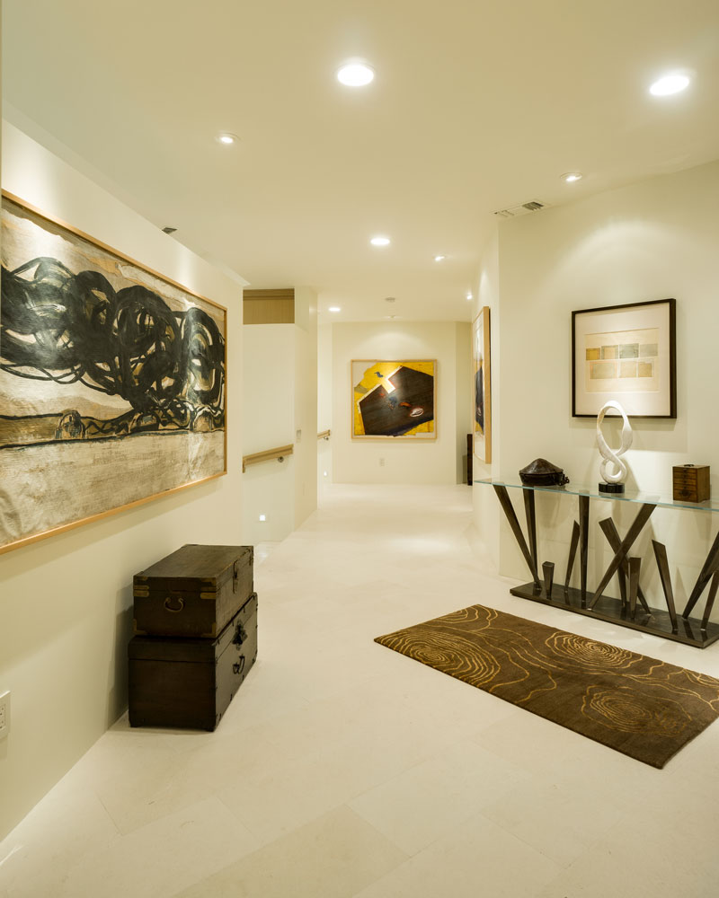 Palm Spring Hallway Design
