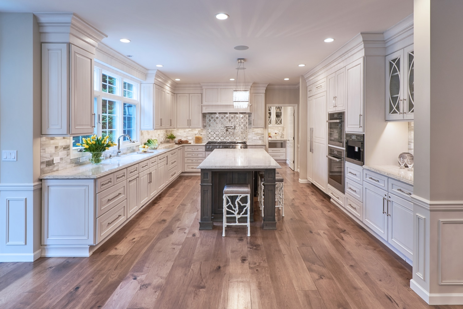 Bellevue Estate Kitchen Interior Design