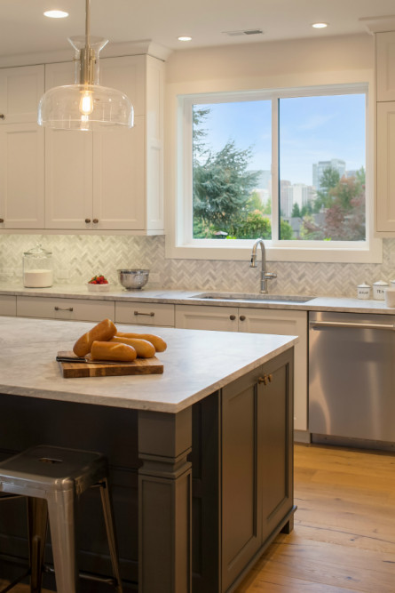 interior-design-kitchen-island-bellevue-wa