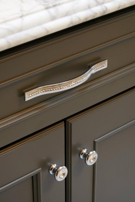 bathroom-cabinet-drawer-hardware-detail-diamond