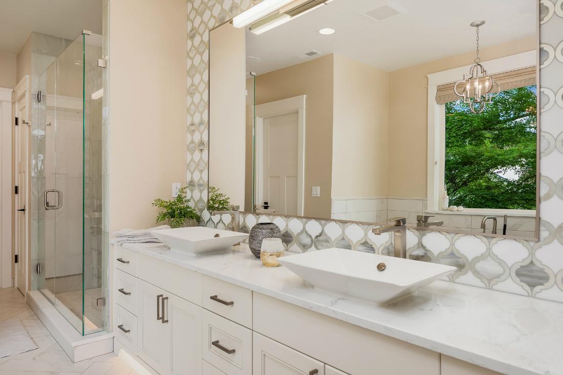 bathroom-design-dual-sinks-sammamish-wa