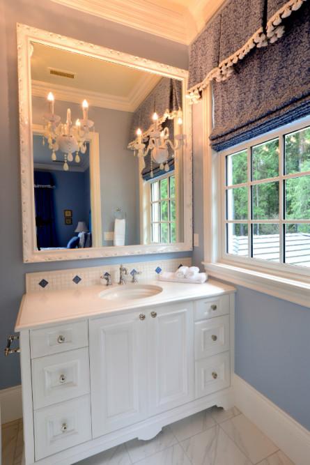bathroom-interior-design-michelle-yorke-blue-walls