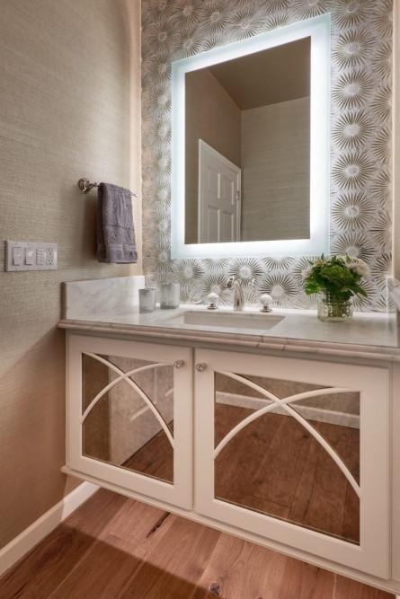 bathroom-redmon-wa-mirror-light-michelle-yorke
