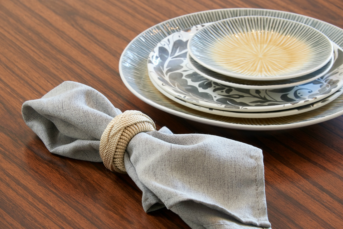 dining-table-place-setting-napkin-ring-bellevue-wa-2