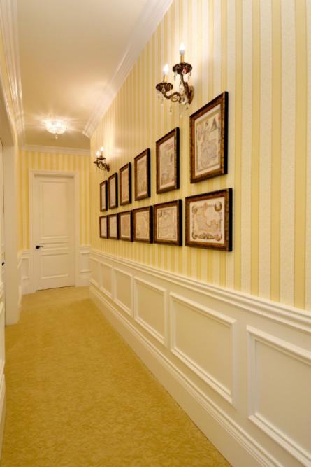 hallway-yellow-white-striped-wallpaper-issaquah-wa