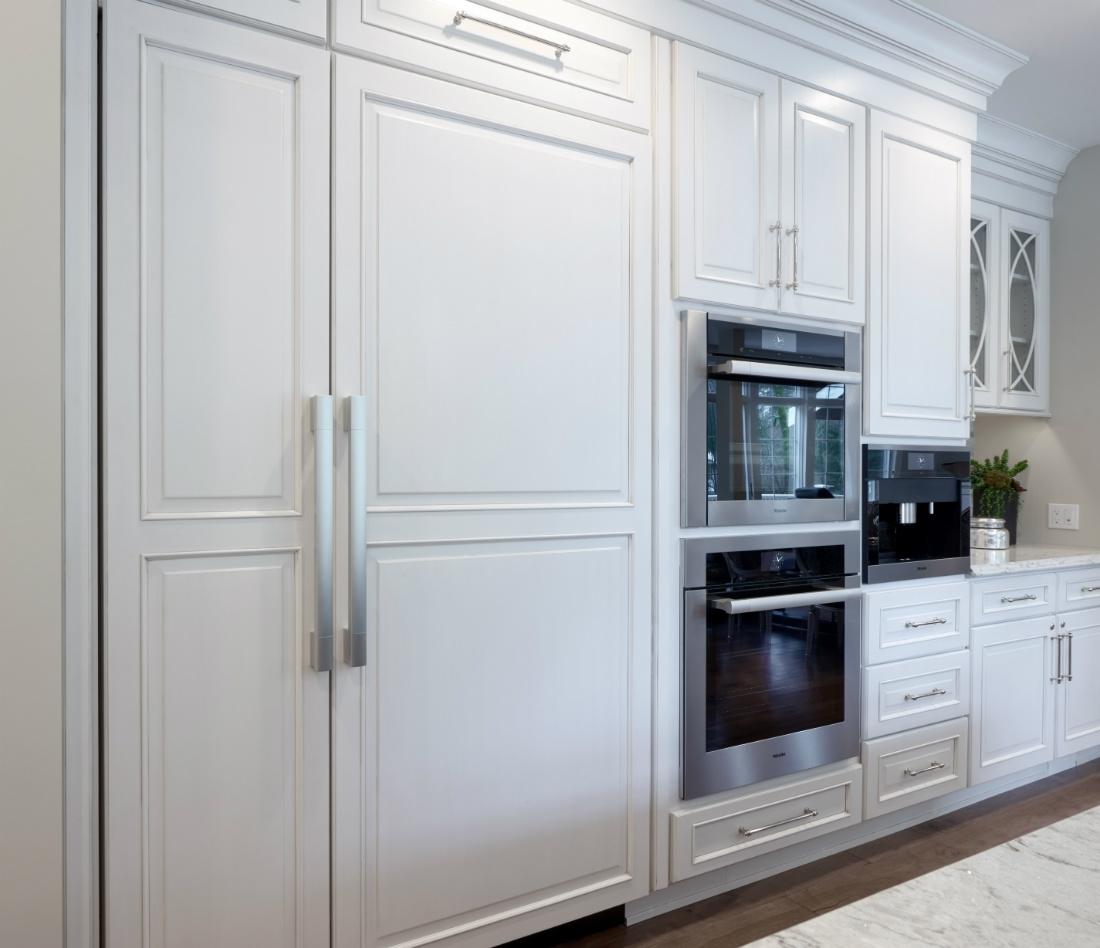 interior-design-cabinet-hidden-fridge