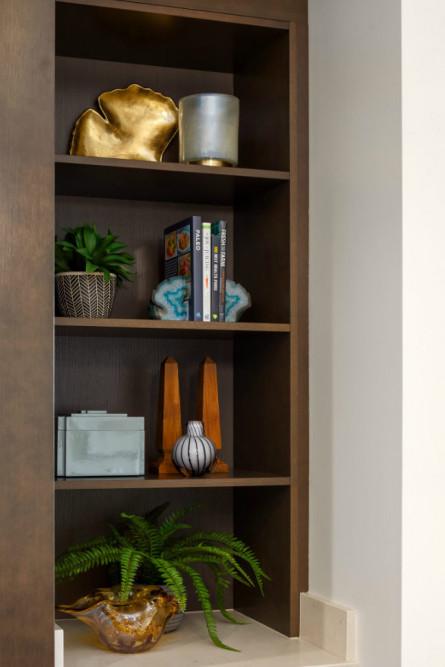 michelle-yorke-cabinet-interior-design-accessories-books-3