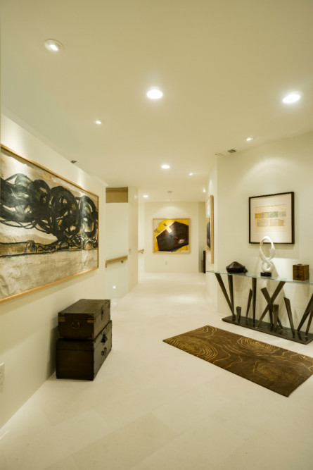 michelle-yorke-interior-design-palm-springs-ca-hallway