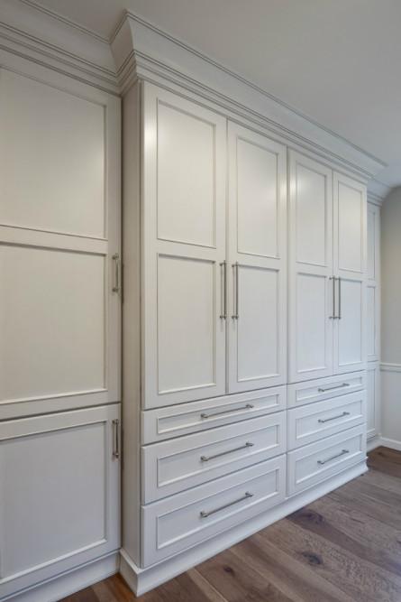 michelle-yorke-interior-design-white-cabinets-2