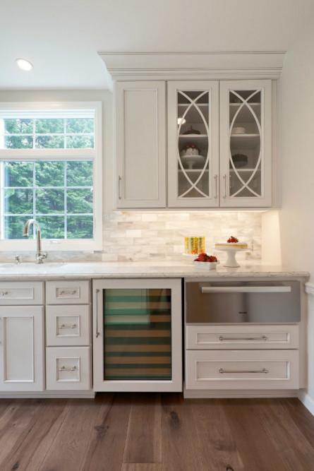 michelle-yorke-interior-design-wine-fridge-kitchen-design-redmond-wa