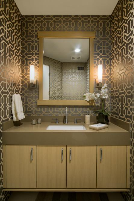 palm-springs-ca-interior-design-bathroom-powder-room-gold-brown-wallpaper