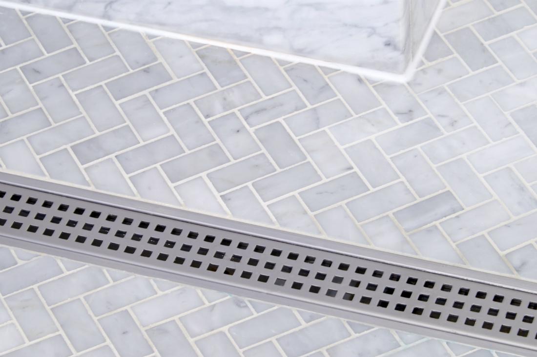 redmond-wa-bathroom-tile-shower-drain-interior-design