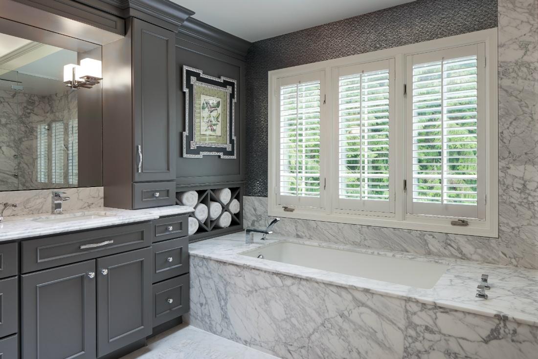 redmond-wa-bathroom-tub-interior-design-michelle-yorke