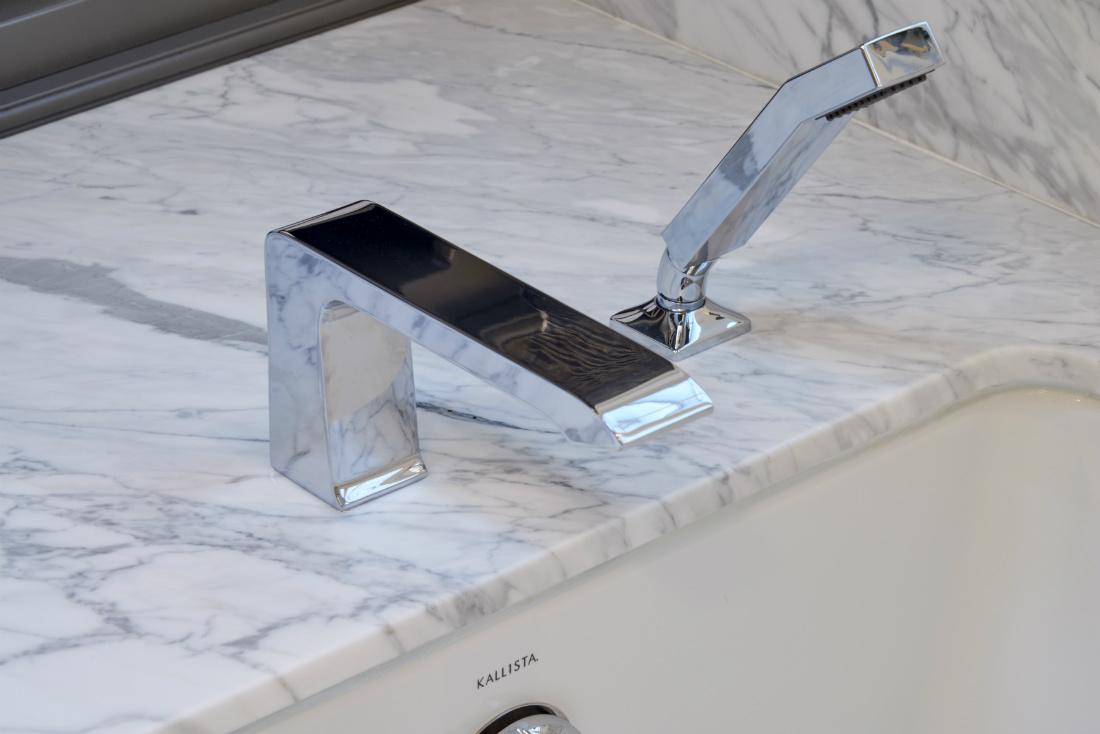 redmond-wa-sink-detail-stainless-steel-hardware