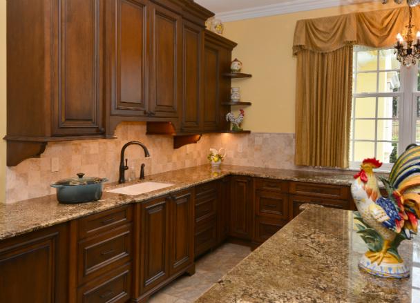 wooden-dark-wood-cabinetry-issaquah-wa-kitchen-design